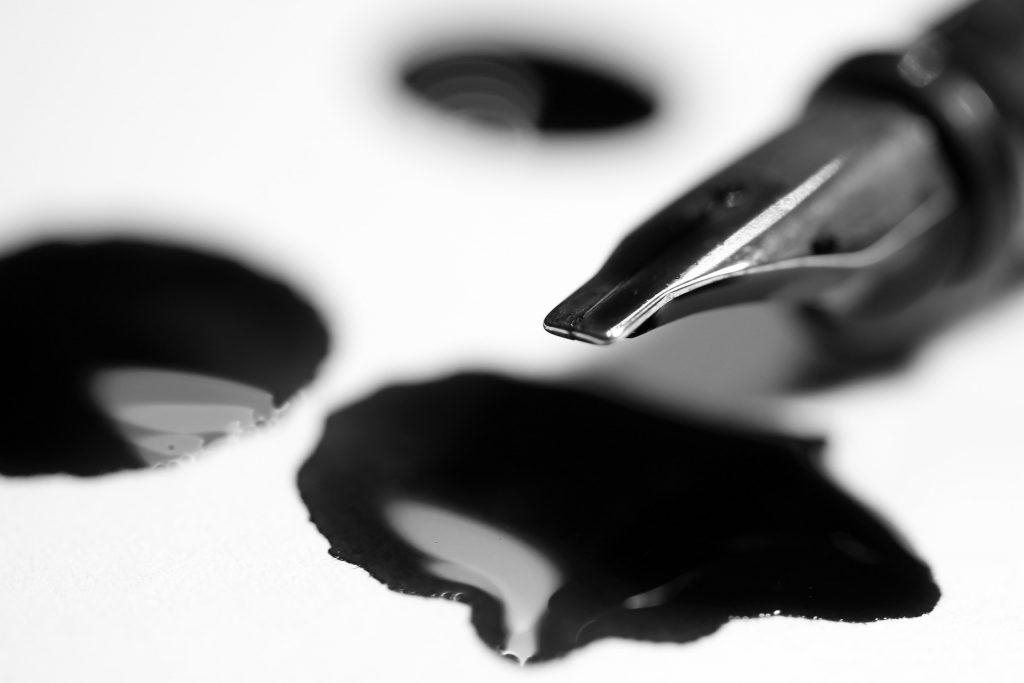 Pluma y tinta